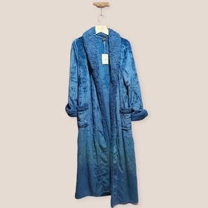 Natori Aqua Blue Shower Robe